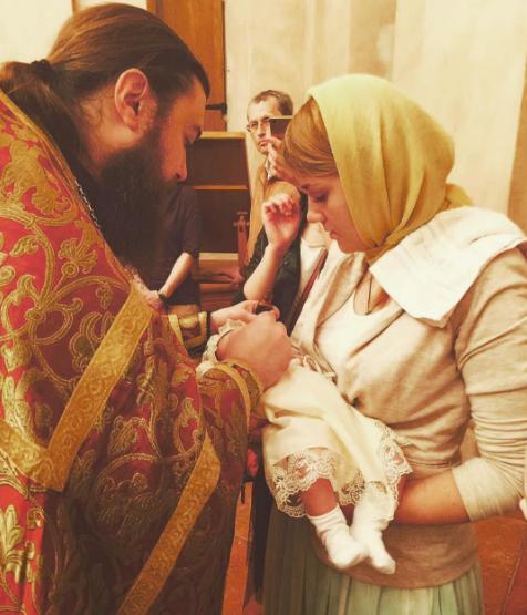 Валерия Гай Германика крестила дочь